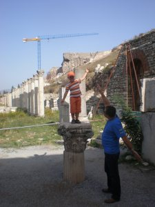 Pretending to be s statue - Ephesus