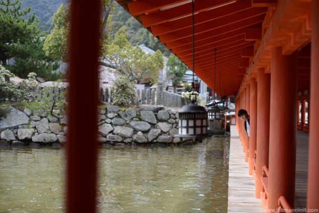 Itsukushima Shinto Temple, photo by Teoman Cimit